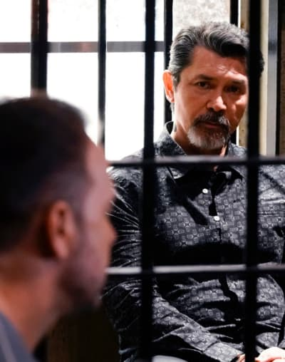 (TALL) Working With The Enemy - Blue Bloods Season 9 Episode 19