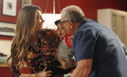 Modern Family Review: The Divorcee Whisperer