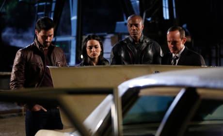 Ward Knows a Guy - Agents of S.H.I.E.L.D. Season 2 Episode 18