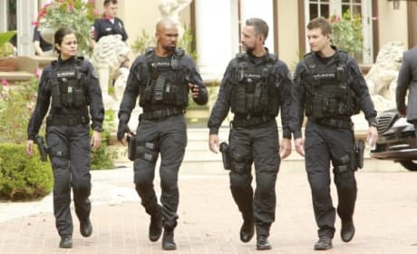 Rolling Out - S.W.A.T. Season 1 Episode 5