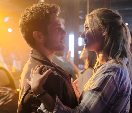 Dancing Close - The Resident Season 1 Episode 2