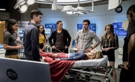 What now? - The Flash Season 3 Episode 17