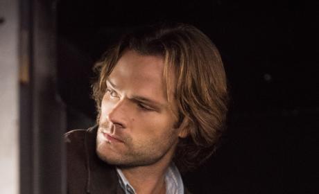 Sam waits in the vehicle - Supernatural Season 12 Episode 9