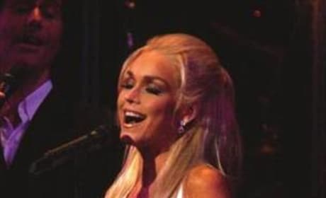 Catherine Hickland Sings