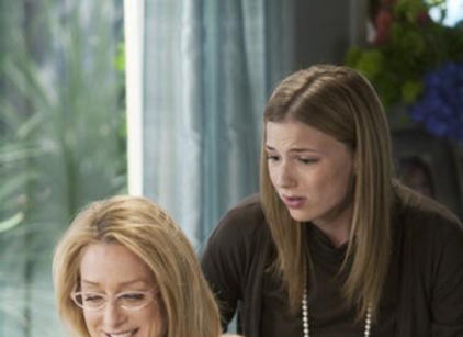 Watch Brothers & Sisters Season 4 Episode 22 Online