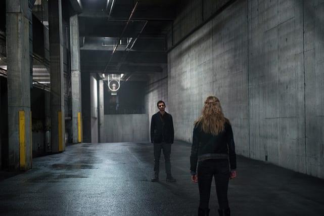 The Gray Corridor - The 100 Season 3 Episode 16