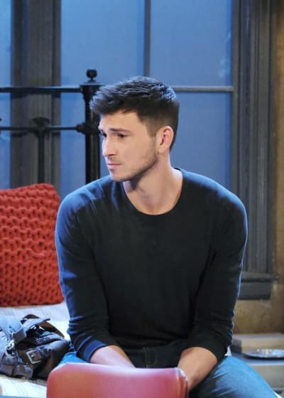 Ben Gets A Sign/Tall - Days of Our Lives