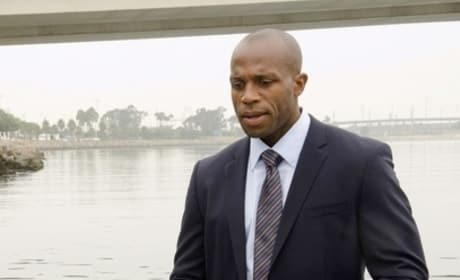 Billy Brown on Dexter