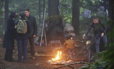 Gathering in the Woods - Once Upon a Time Season 4 Episode 10