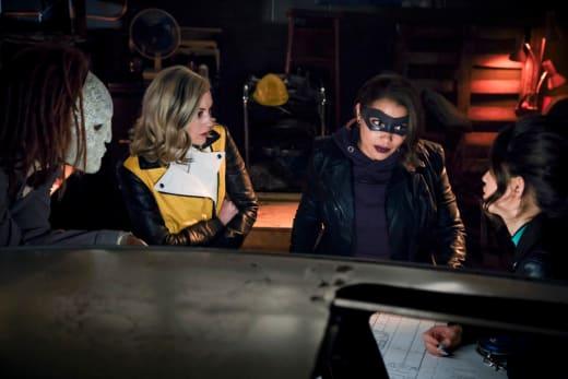 The Meta Criminals Make A Plan - The Flash Season 5 Episode 20