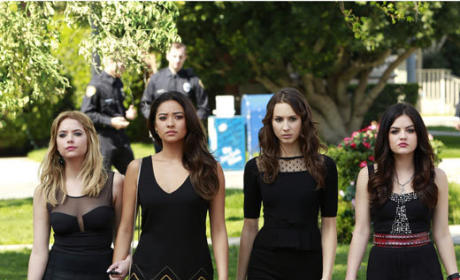Return of the Pretty Little Liars