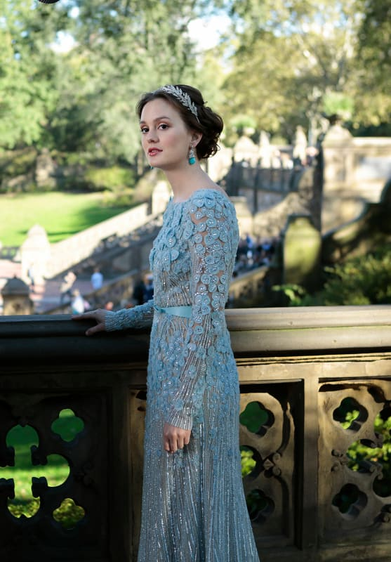 Blair waldorf wedding dress reloaded tv fanatic for Wedding dress blair waldorf