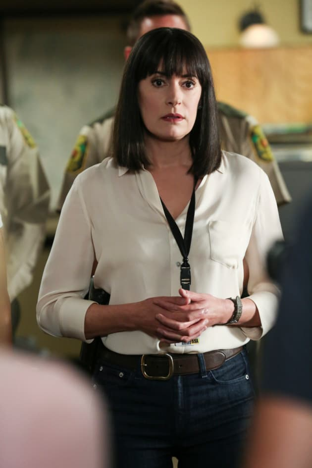 A Disturbed Prentiss - Criminal Minds Season 14 Episode 2