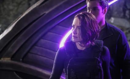 Watch Supergirl Online: Season 2 Episode 9