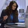 Mía Maestro as Dr. Nora Martinez - The Strain Season 1 Episode 2