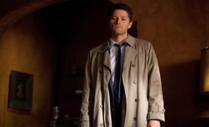 "Misha Collins Previews Supernatural Return of ""Zombie-Like"" Castiel, Confrontation with Dean"