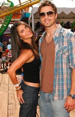 Eric Winter and Roselyn Sanchez.