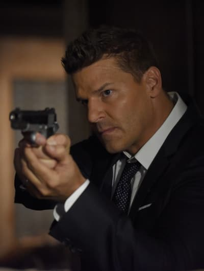 Booth Searches For Brennan - Bones Season 12 Episode 1