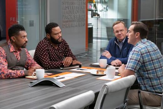 Drew Seeks Advice From The Guys At Work - black-ish Season 5 Episode 1