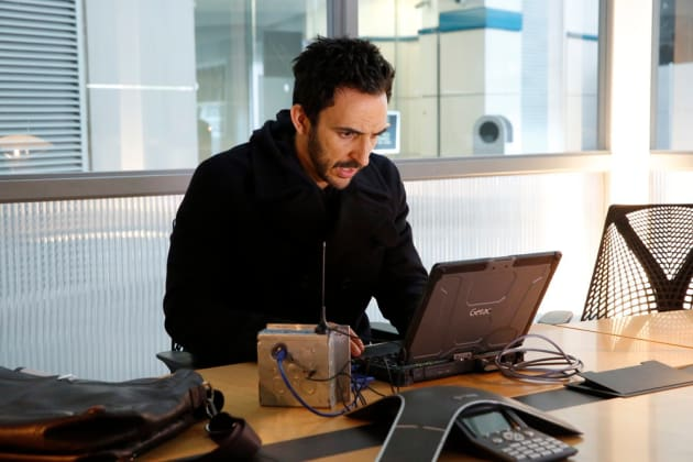 Aram goes hacking - The Blacklist Season 4 Episode 16