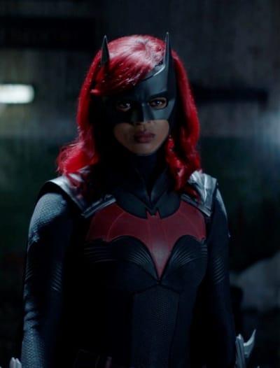 Costumed Ryan - Batwoman Season 2 Episode 1