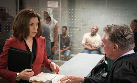 Starting at the Bottom - The Good Wife Season 7 Episode 1