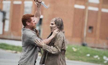 Battling a Walker - The Walking Dead Season 5 Episode 5