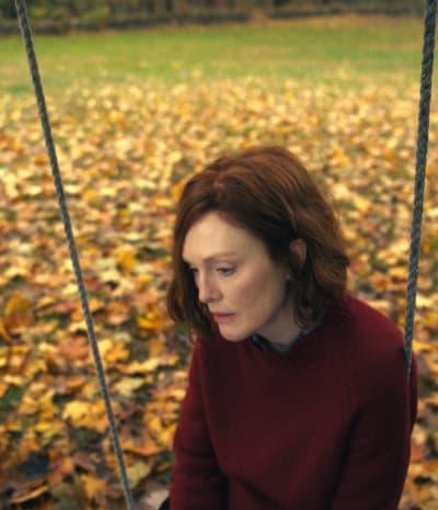 Sadly Swinging - Lisey's Story Season 1 Episode 1