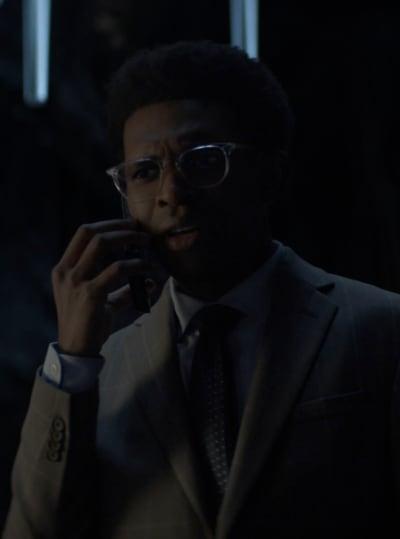 Taking the Call - Batwoman Season 2 Episode 12