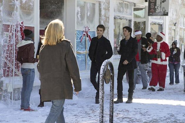 Not in the Spirit? - The Vampire Diaries Season 7 Episode 9