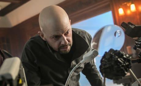 He's BACK - Supergirl Season 4 Episode 15