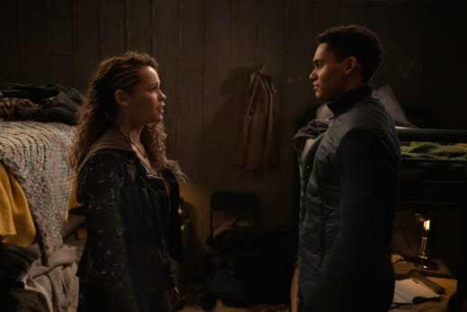 Reese and Callie Together - The 100 Season 7 Episode 8