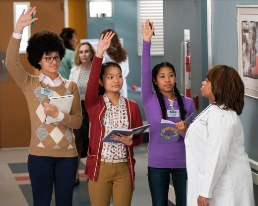 Bailey's Mentees - Grey's Anatomy Season 15 Episode 20