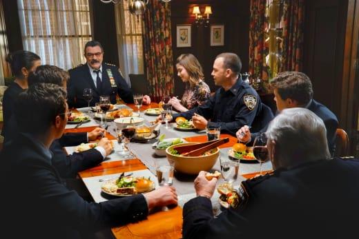 Sunday Family Dinner - Blue Bloods Season 8 Episode 19