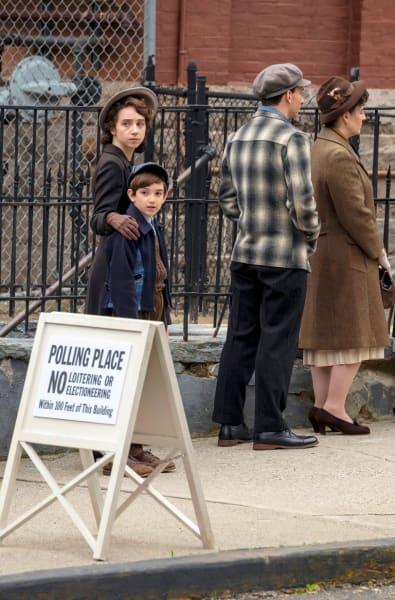 Long Line - The Plot Against America Season 1 Episode 2