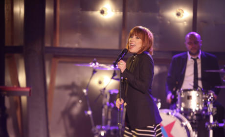 Carly Rae Jepsen - Castle Season 7 Episode 22