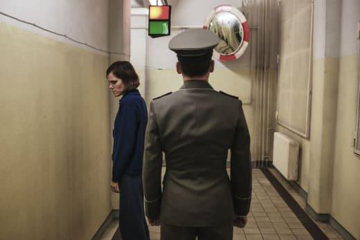 Face the Wall - Deutschland86 Season 2 Episode 8