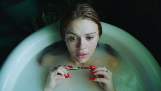Knife in the Bathtub - Channel Zero Season 3 Episode 3