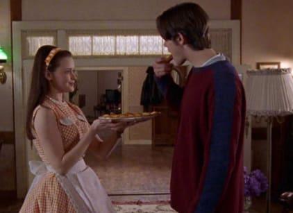 Watch Gilmore Girls Season 1 Episode 14 Online