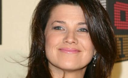 Daphne Zuniga: Returning to Melrose Place!