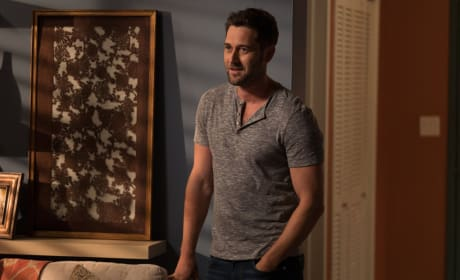 Tom is Home - The Blacklist Season 5 Episode 1