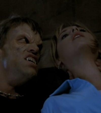 Watch Your Back - Buffy the Vampire Slayer Season 1 Episode 1