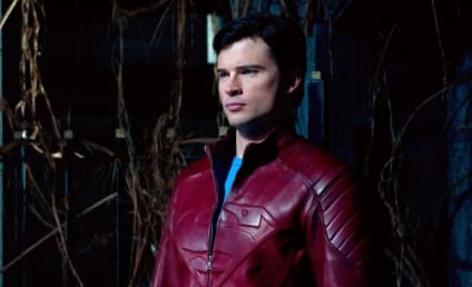 Smallville's Tom Welling to Reprise Superman Role for Crisis on Infinite Earths Crossover