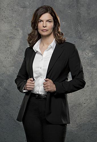 Jeanne Tripplehorn as Alex Blake