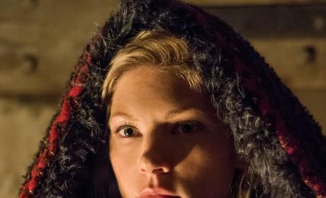 Lagertha Red Riding Hood - Vikings Season 4 Episode 16