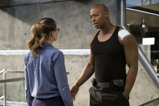 Kara Confronts James - Supergirl Season 2 Episode 12