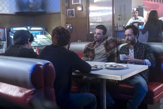 Uncomfortable Family Dinner - Riverdale Season 1 Episode 7