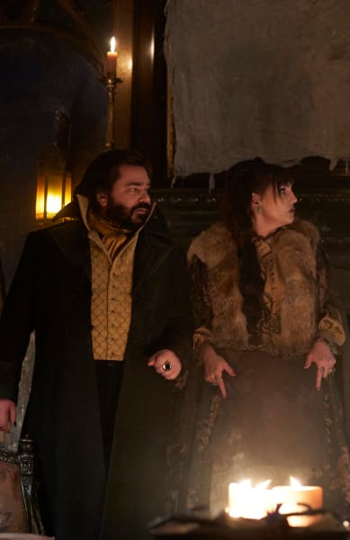 Standing Ground - What We Do In The Shadows Season 1 Episode 3