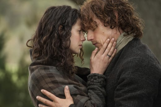 Jamie and Claire share a quiet moment - Outlander