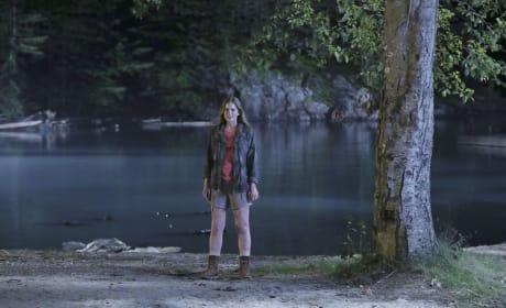 Home Sweet Home - Dead of Summer Season 1 Episode 10